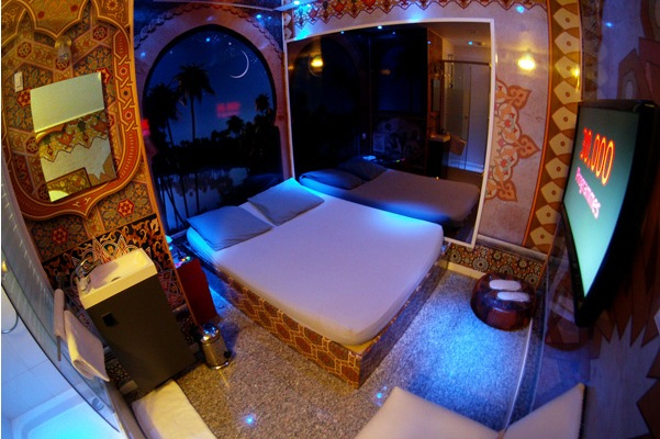 And they say Romance is Dead? Rooms by the Hour at the Paris Love Hotel