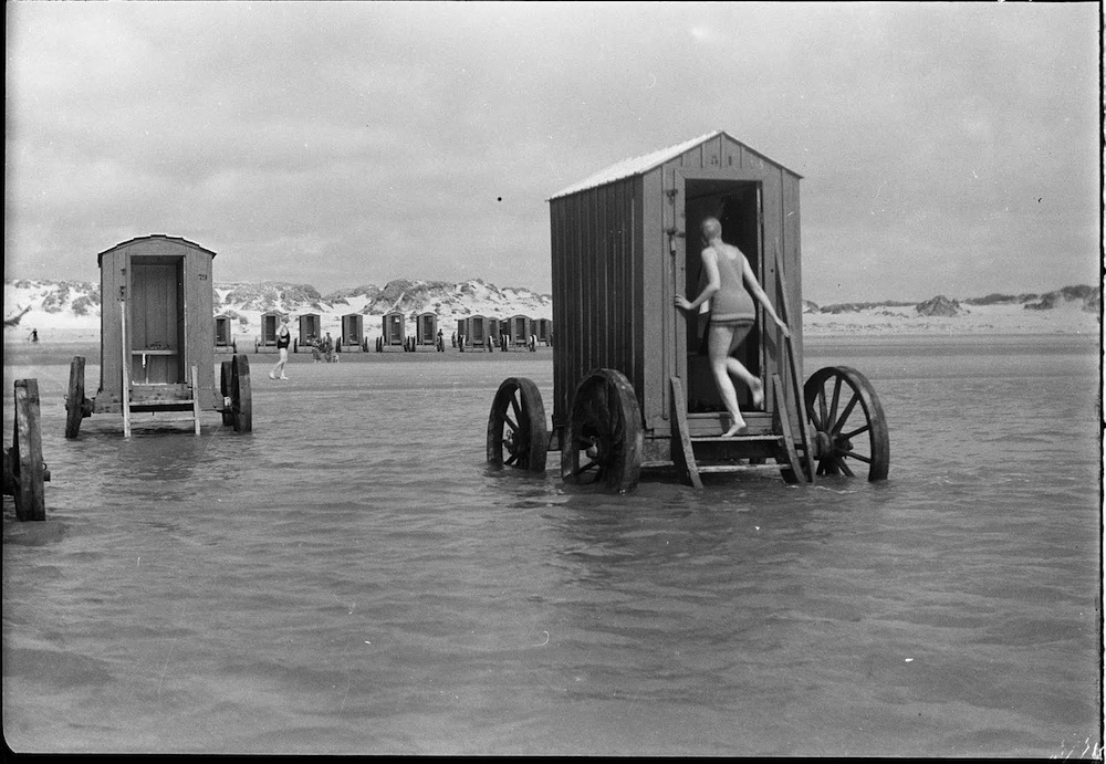 Victorian Prudes and their Bizarre Beachside Bathing Machines