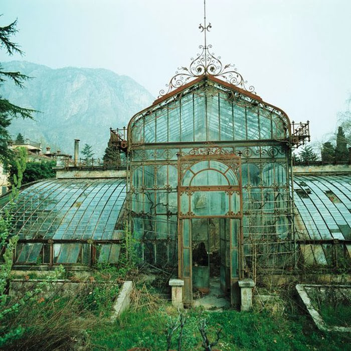 A Compendium Of Abandoned Greenhouses